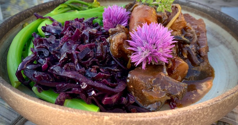 Spectacular Spiced Red Cabbage