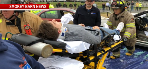 East Robertson High Mock Crash Shows Dangers Of Impaired Driving