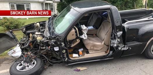 Head-on Crash Injures 2 Near Pleasant View