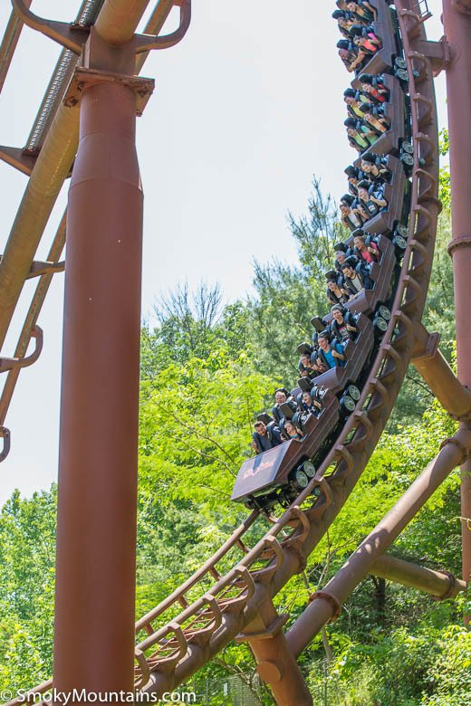 Tennessee Tornado Coaster at Dollywood  Review w Photos