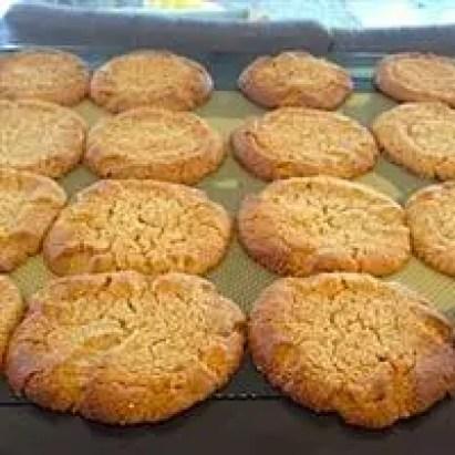 cashew-lemon-cookies-essential-oil