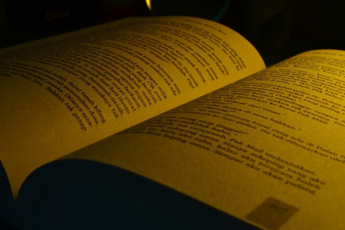 Langkah-Langkah Menemukan Tema, Latar, dan Penokohan pada Teks Cerpen