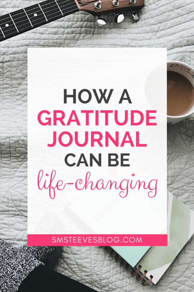 Learn more about how a daily gratitude journal is going to decrease negativity and improve positivity and overall happiness! Learn about the benefits of keeping a journal here! #gratitude #journaling #happiness #affirmations #depression