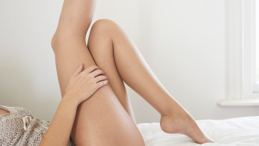 Pimples-on-legs-Causes-and-Treatments