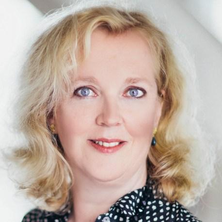 Prof. Dr. Silke Hahn