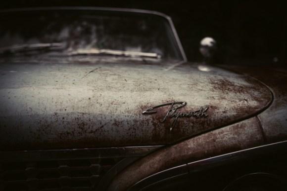 sn_rustycar_unsplash