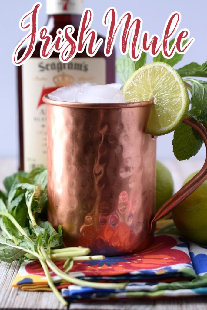 Irish Mule - A delicious cocktail made with just whiskey, lime juice, and ginger beer! Perfect for St. Patrick's Day or as a light cocktail at a party! Irish Mule Recipe   St Patricks Day Cocktails   Mule Recipe