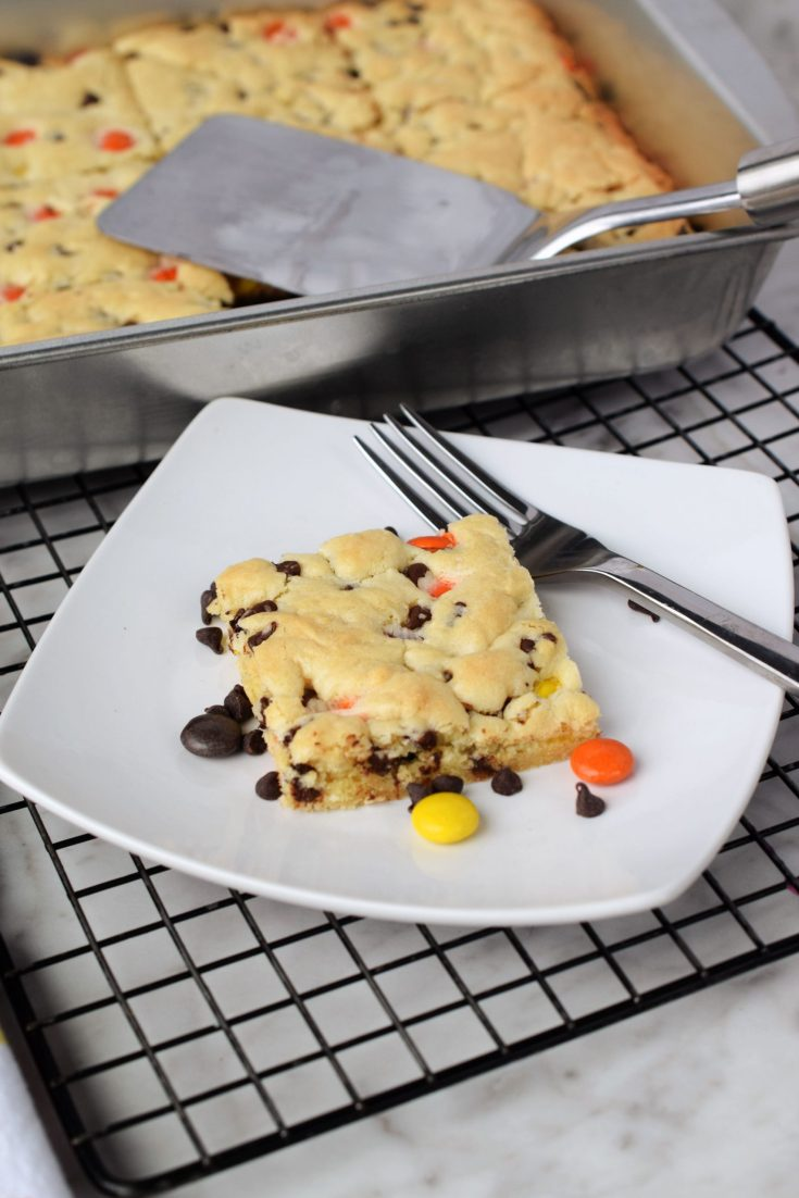 Reese's Pieces Cake Mix Cookie Bars