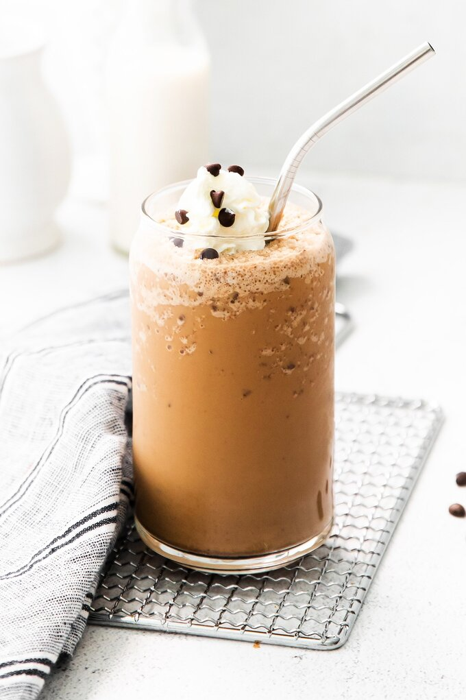 Java Chip Frappuccino {Starbucks Copycat}