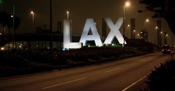Resultado de imagem para Los Angeles Airport