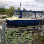 Circuit pe lac (plimbare) cu Vaporașul Vlad Țepeș (12 pasageri) > Doar vă recomandăm furnizorul Pret de listă (informativ): 40 lei/ora/pasager (cu audio-ghid inclus)