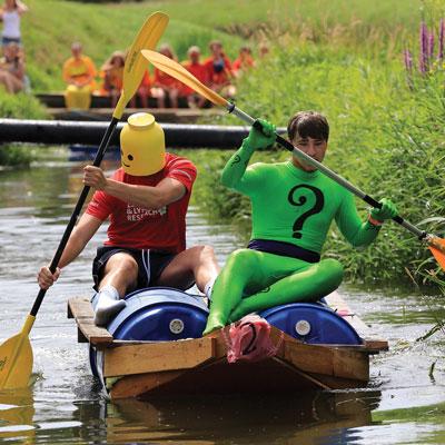 Lowland-games-raft-lego