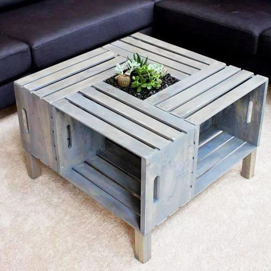Mesa con 4 cajas