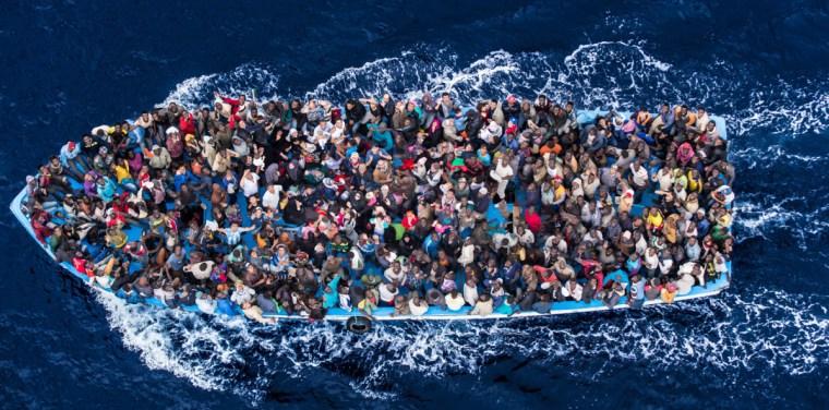 Italian navy rescue asylum seekers