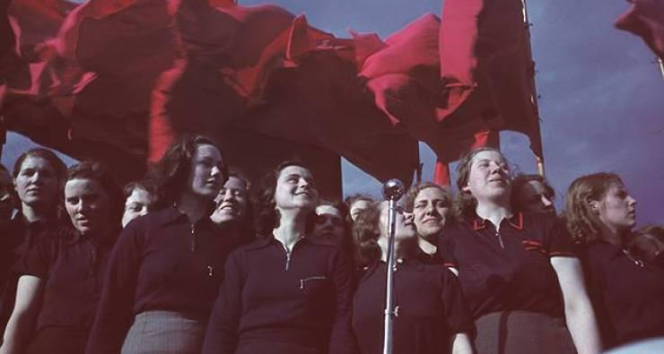 Första maj i arbetarrörelsens början