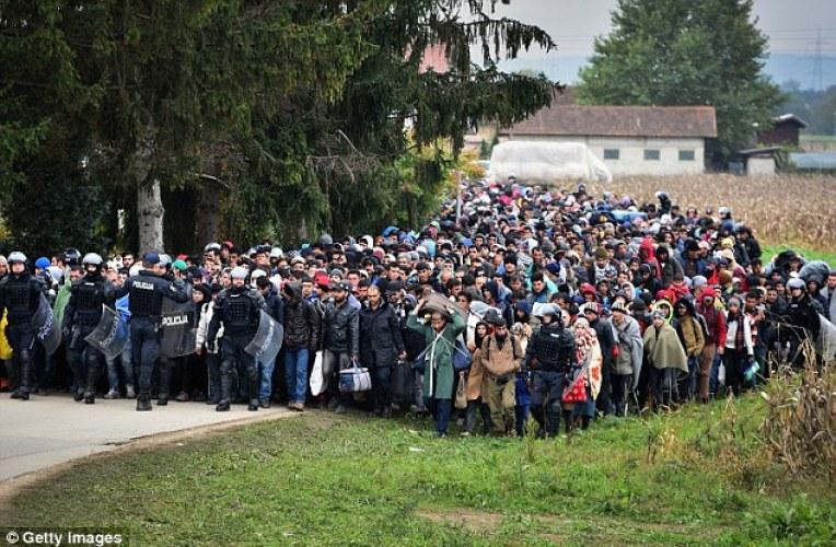 Migrantanstormning