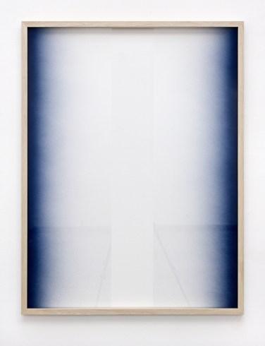 Untitled. 2015, spray paint on glass, frame, 124 x 94 cm / Sans titre. 2015, peinture, aérosol sur verre, cadre, 124 x 94 cm