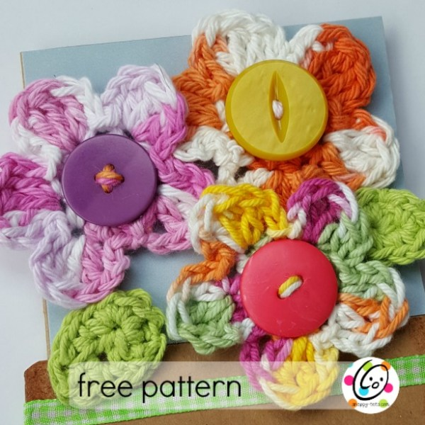 Pattern: Small Crocheted Flowers