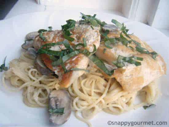 Champagne Chicken & Mushroom Pasta Recipe | snappygourmet.com