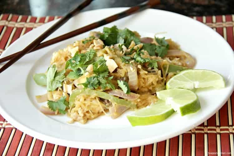 Asian Peanut Spaghetti Squash Stir Fry Recipe - Easy chicken stir fry recipe with spaghetti squash, vegetables, and homemade stir fry sauce.