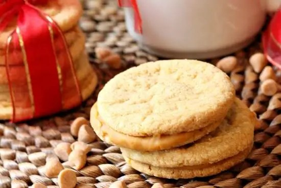 Butterscotch Sandwich Cookies Recipe   SnappyGourmet.com
