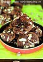 Favorite Christmas Cookies Recipes (Triple Chocolate Fudge Mint Cookies) | snappygourmet.com
