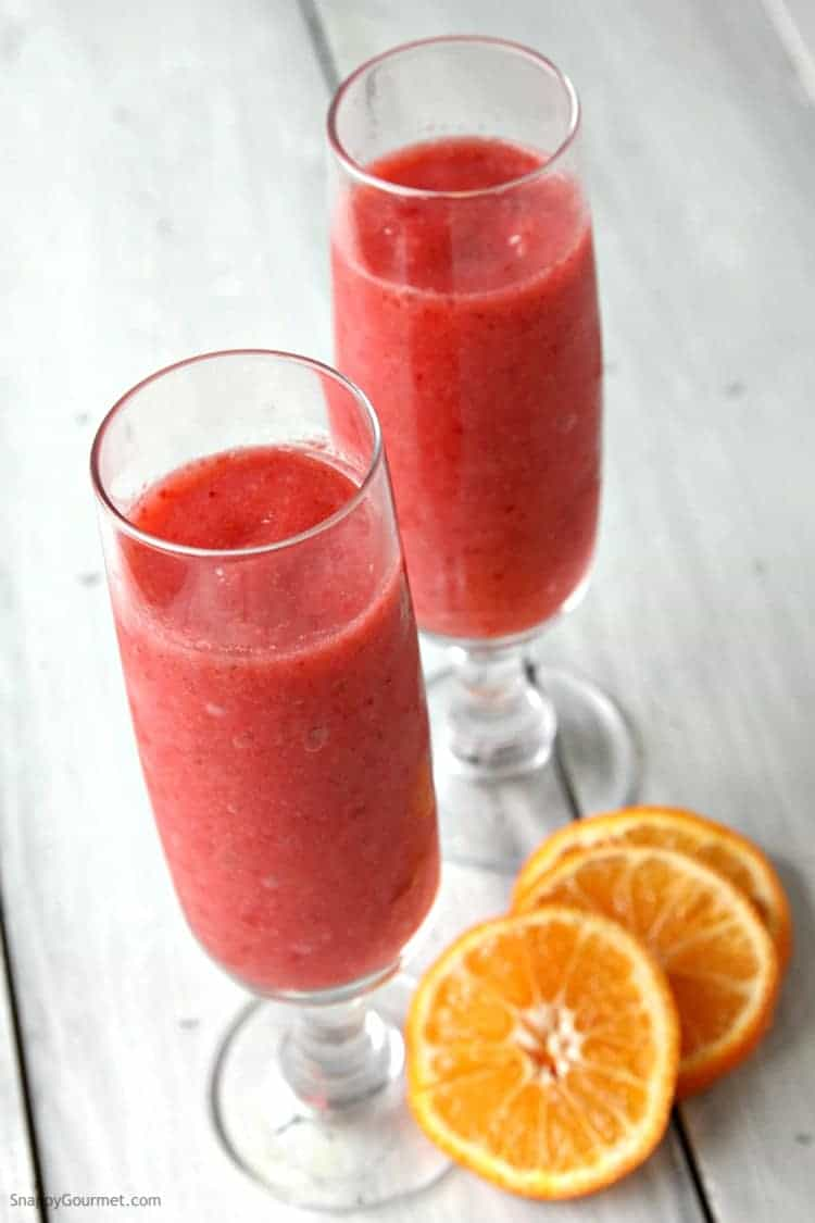 Strawberry Prosecco Slushie Recipe - homemade wine slushie in a blender. SnappyGourmet.com