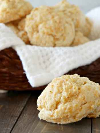 Garlic Cheddar Drop Biscuits Recipe