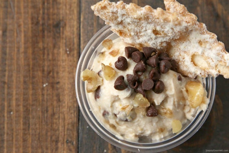 Mini Cannoli Dip Cups Recipe - easy cannoli dip recipe in individual cups and perfect party food!