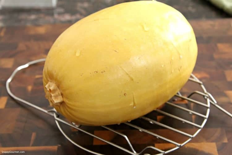 Instant Pot Spaghetti Squash - best way to cook a spaghetti squash in an Instant Pot