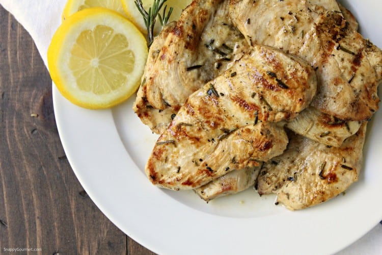 Grilled Lemon Rosemary Chicken - easy grilled chicken recipe