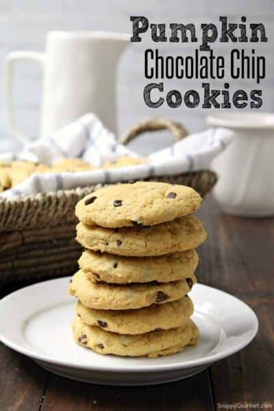 Pumpkin Chocolate Chip Cookies - easy pumpkin spice cookies with chocolate chips
