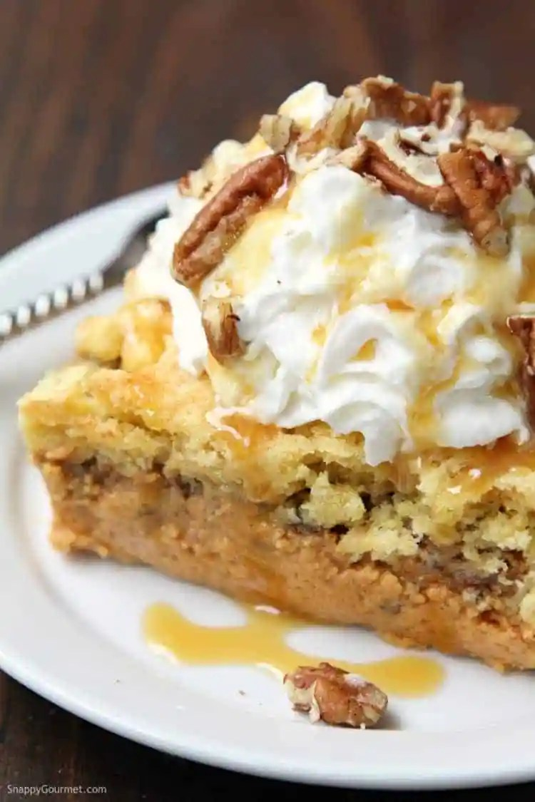 Pumpkin Dump Cake - recipe for an easy dump cake recipe
