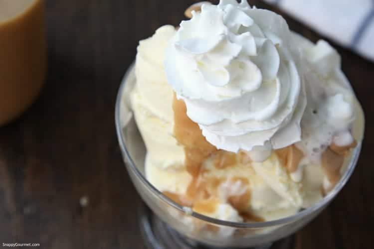 ice cream sundae with peanut butter sauce