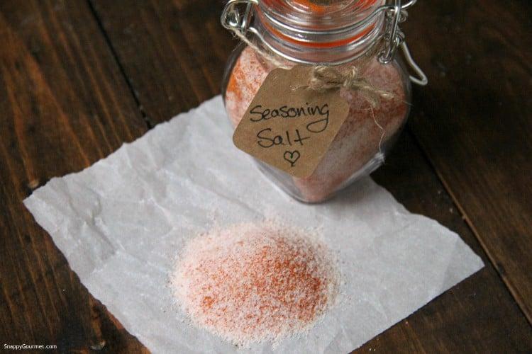 seasoning salt in glass jar with gift tag
