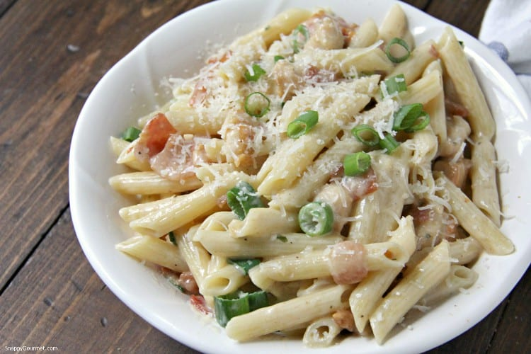 easy Chicken Bacon Ranch Pasta in bowl