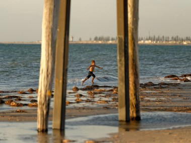 largs-bay-s-a-df-tamron-70-200mm-f2