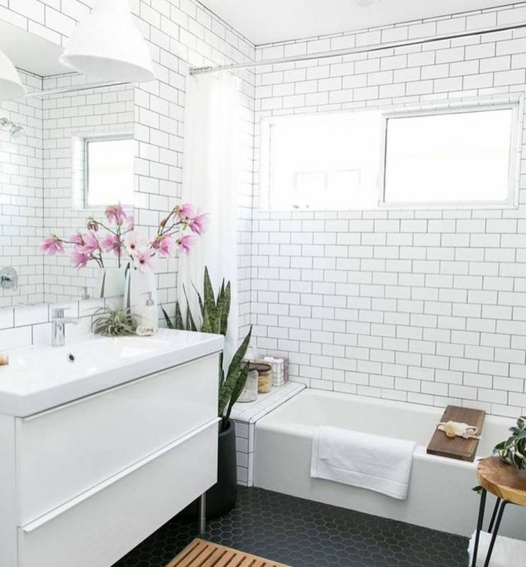 Wall Bathroom Design Ideas