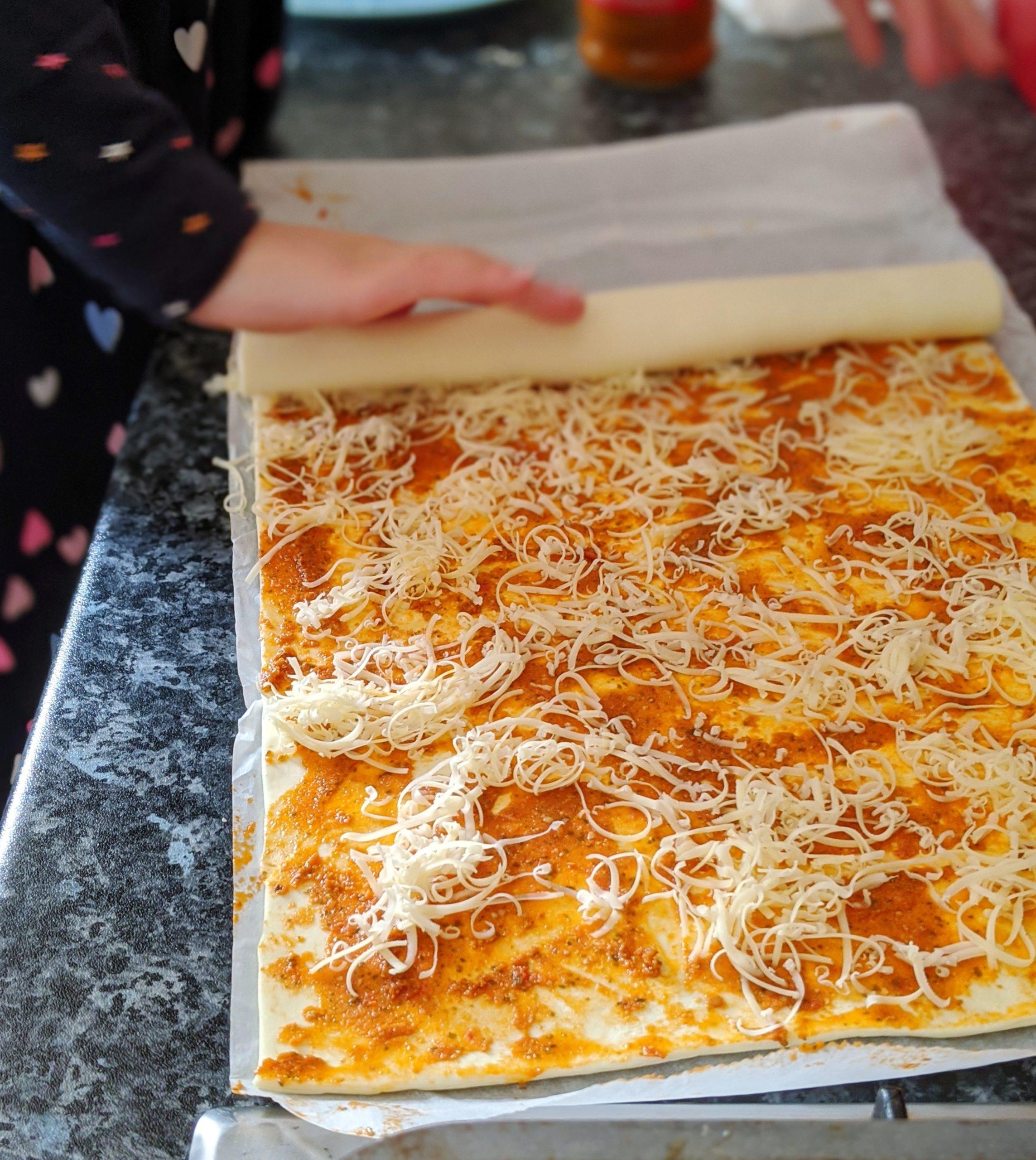 pesto cheese pesto pinwheels