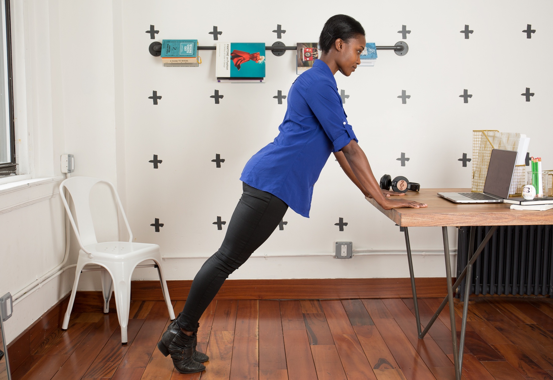 Office Chair Exercises 5 Exercises You Can Do At Your Desk Snapsuites