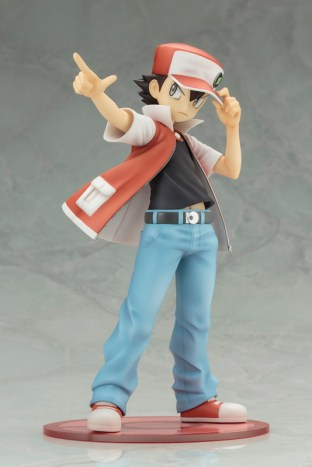 Pokemon-Trainer-Red-ARTFX-J-Image-04