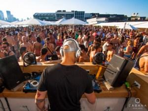 Toronto-Cabana-Bar-DJ-300x225