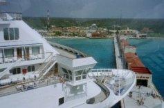 boat_in_cozumel.jpg