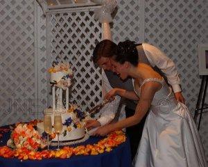 cutting_cake.jpg