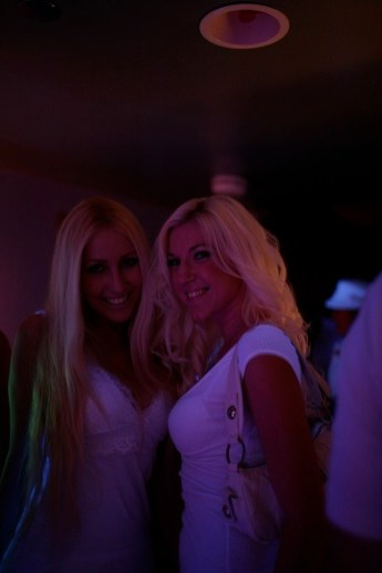 bleach_blondes.jpg