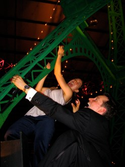 eiffel_tower_climbing.jpg