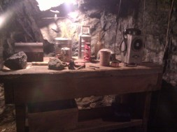 mine_workbench