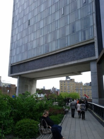 high_line_building