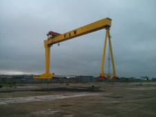 h_and_w_shipbuilding_crane