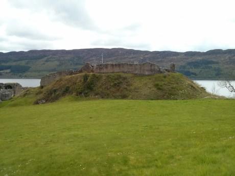 urquhart_castle_1